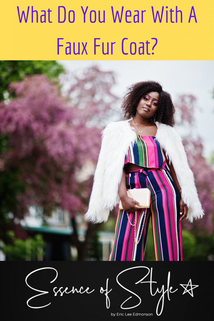 Nowadays, major fashion labels more and more become anti-fur. So today I wanna show you 7 different ways to wear a faux fur coat. #fauxfuroutfitidea #fauxfuroutfitwinterchic #fauxfurcoatoutfitbaddie #fauxfurcoatoutfitparty